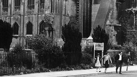 Ely Cathedral railings under threat, June 6, 1941