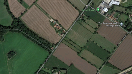 The site issouth of Lond Road, Suton
