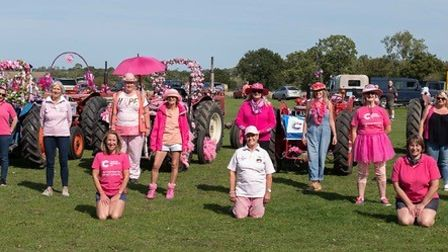 Pink Ladies' mini Tractor Road Run participants 2020 – socially distanced.