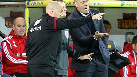 Norwich manager Alex Neil insists Swansea manager Garry Monk is the right man to lead his club. Pict