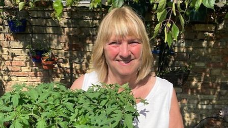 Caroline Nicklinson hada second successful year of fundraising from herEgremont Streetdrivewayin Ely.