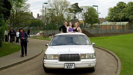KES students arriving at their prom night in style.18/05/01 words Beth Manning.