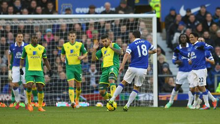 Everton's Gareth Barry has a shot on goal the last time Norwich City visited Goodison Park.