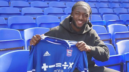 Zanda Siziba has signed a professional contract with Ipswich Town