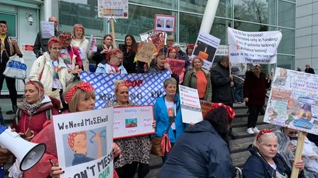 Women campaigning against the use of mesh implants, and the suspension of surgery to remove them, ga