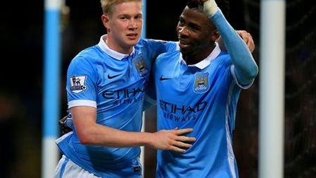 Manchester City's Kevin De Bruyne (left) celebrates with team-mate Kelechi Iheanacho after scoring t