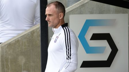 Francis Jeffers before the game at Dartford
