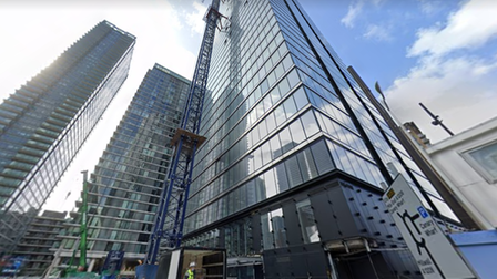 700ft Landmark Pinnacle tower nearing completion... but current fire brigade rescue ladders can only reach 90ft