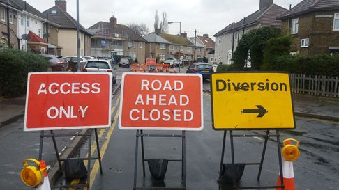 A list of road and rail works affecting Redbridge in the next seven days.