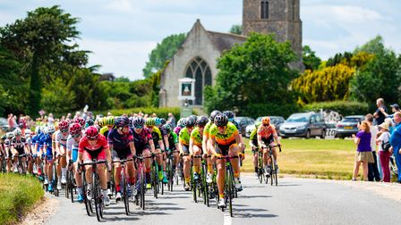Riders comingthrough the Suffolk countryside during the Women's Tour 2018Stage 1, which went from Framlingham to Southwold