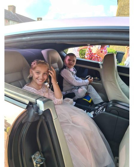 sophie and tommy in the car