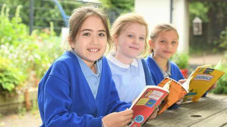 Mepal studentswith their new books thanks to MP Steve Barclay's annual Read to Succeed campaign.