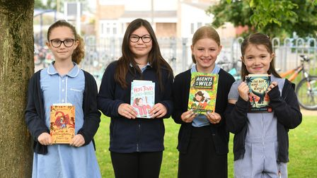 Cavalry studentswith theirnew books thanks to MP Steve Barclay's annual Read to Succeed campaign.