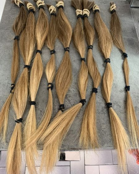 MerrieDadd then donated all this hair to the Little Princess Trust.