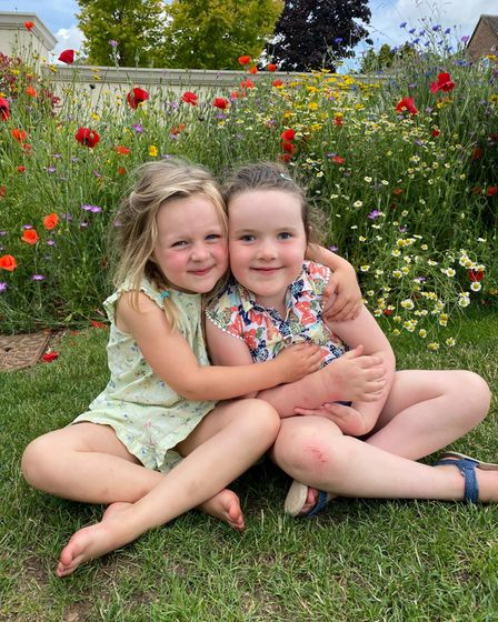 Ava and Betsy Griffin
