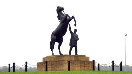 The iconic Newmarket Stallion statue