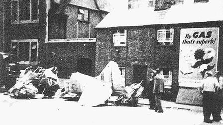 Photo of 1951 aircraft crash in Ely Standard newspaper.