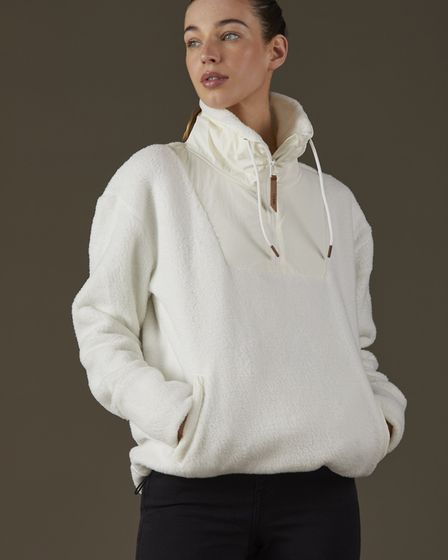 The Toggi Cloud sherpa fleece is cosy and yet breathable for hard work on chilly mornings
