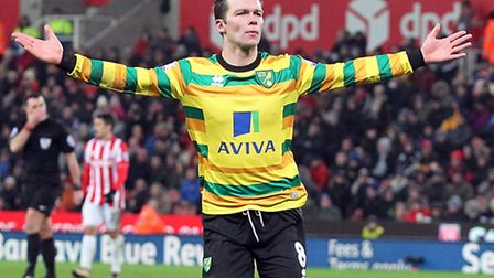 Jonny Howson celebrates scoring Norwich City's equaliser at the Britannia Stadium. Picture by Paul C