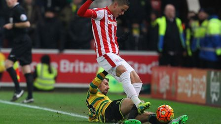 Gary ONeil was sent off in the first half of Norwich City's 3-1 Premier League defeat at Stoke City