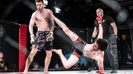 Magomed Guseinov lands a spectacular up kick to the head of Ily Merryacre on Road to Contenders 3