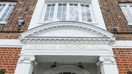 Dereham Memorial Hall will host Merci Pour La Musique and Neil Diamond, The Experience in March. Pic