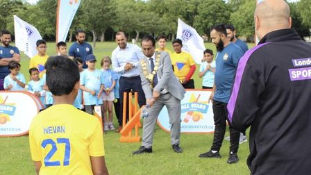 Festival kicked off with Tower Hamlets Councilspeaker Mohammed Hossaintrying his hand