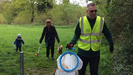 Making a family day of it gettingto grips with Britain's litter problem