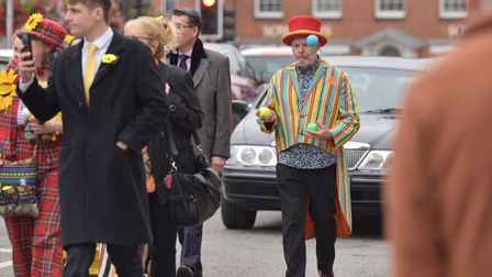 """The funeral procession for Kenneth """"Justso"""" Ridington goes through Dereham town centre. Byline: Sony"""