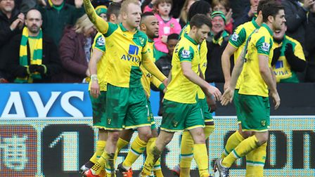 Steven Naismith of Norwich celebrates scoring his sides 2nd goal during the Barclays Premier League