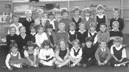 Hemsby first school class of 89 pic taken 2nd nov 1989 b13705-8 pic to be used in lets talk nov 201
