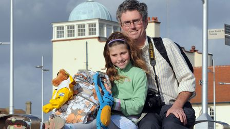 May de la Rue and her father ColinPhoto: Andy DarnellCopy: For: Archant © 2009 (01603) 772