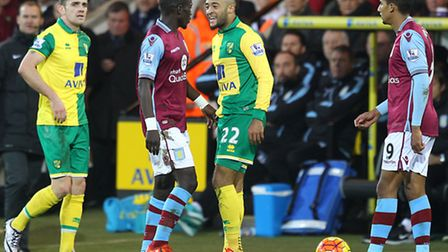 Nathan Redmond and Idrissa Gueye square up to each other as tempers flare. Picture: Paul Chesterton/