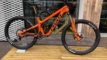 A Pivot bike that was stolen from Pedalz in Beccles, Suffolk