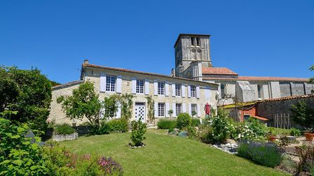 Dream home in Charente on sale with Leggett Immobilier
