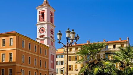 The colourful Old Town in Nice (c) Elisabeth Schittenhelm / Getty Images