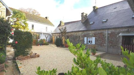 Property in Morbihan on the market with Sextant