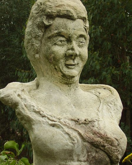 Madame d'Aulnoy's bust in Honfleur. Pic: Kamel15/Wikimedia