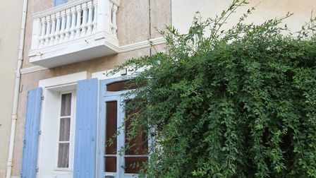 Property in Villeneuve-les-Beziers on the market with Artaxa