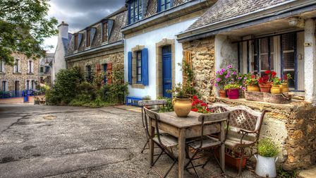 Cute houses in Concarneau (c) RolfSt / Getty Images