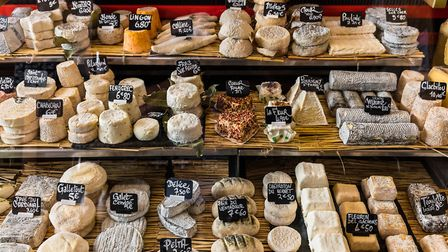Cheeses at the Marche d'Aligre in Paris (c) AlexKozlov / Getty Images