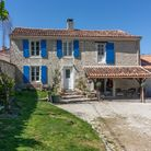 A pretty house with barn walking distance from a village; 249,000 euros with Charente Immobilier
