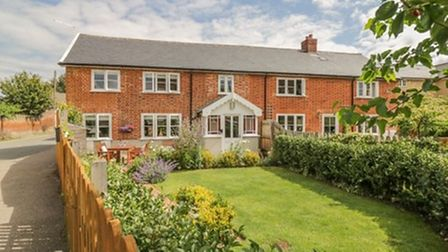 Mulberry Cottage - self-catering accommodation in Hadleigh, Suffolk