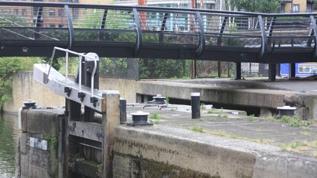 Pulleys, Commercial Road Locks, Regent's Canal