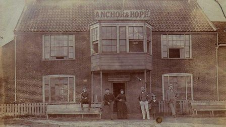 The Anchor and Hope,forerunners to thePierHotel, Gorleston.