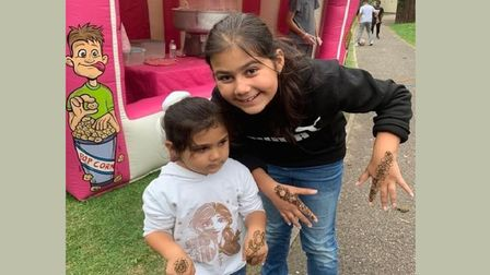 Fun time with henna for children on Isle of Dogs