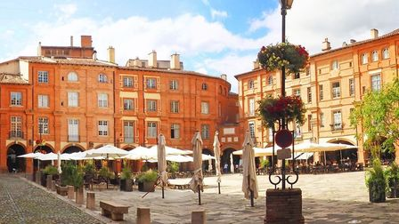 Place Nationale in the city of Montauban (c) Mariedofra / Getty Images