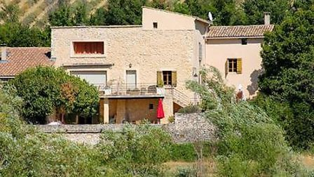 Mas for sale in Vaucluse with Leggett France