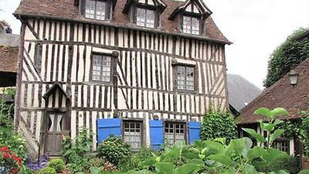 Colombage for sale in Eure with Leggett France