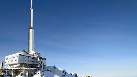 A view of the observatory on top of the Pic du Midi de Bigorre Fotolia